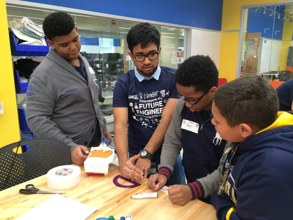 Barclay 8th graders visited JHU's Center for Bioengineering Innovation and Design Lab for a mini engineering challenge!